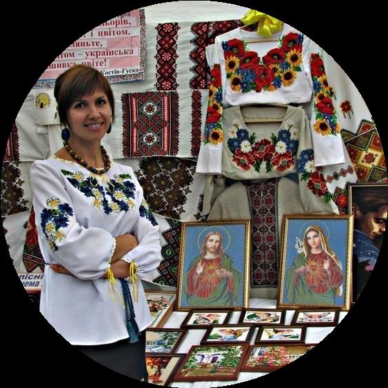 2f7bfa64f6e53c Зараз в моді борщівські сорочки, вишиті чорними нитками, — вчителька  української мови Мар'яна Рудан